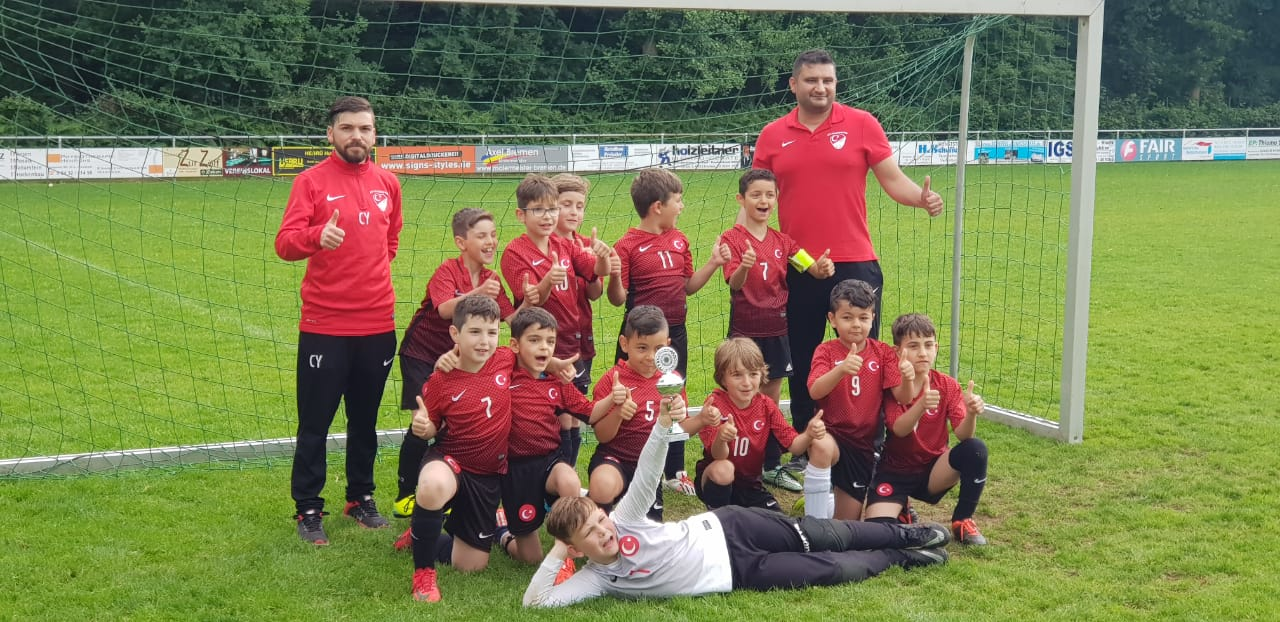 F-Jugend belegt den 1. Platz in Gerderath