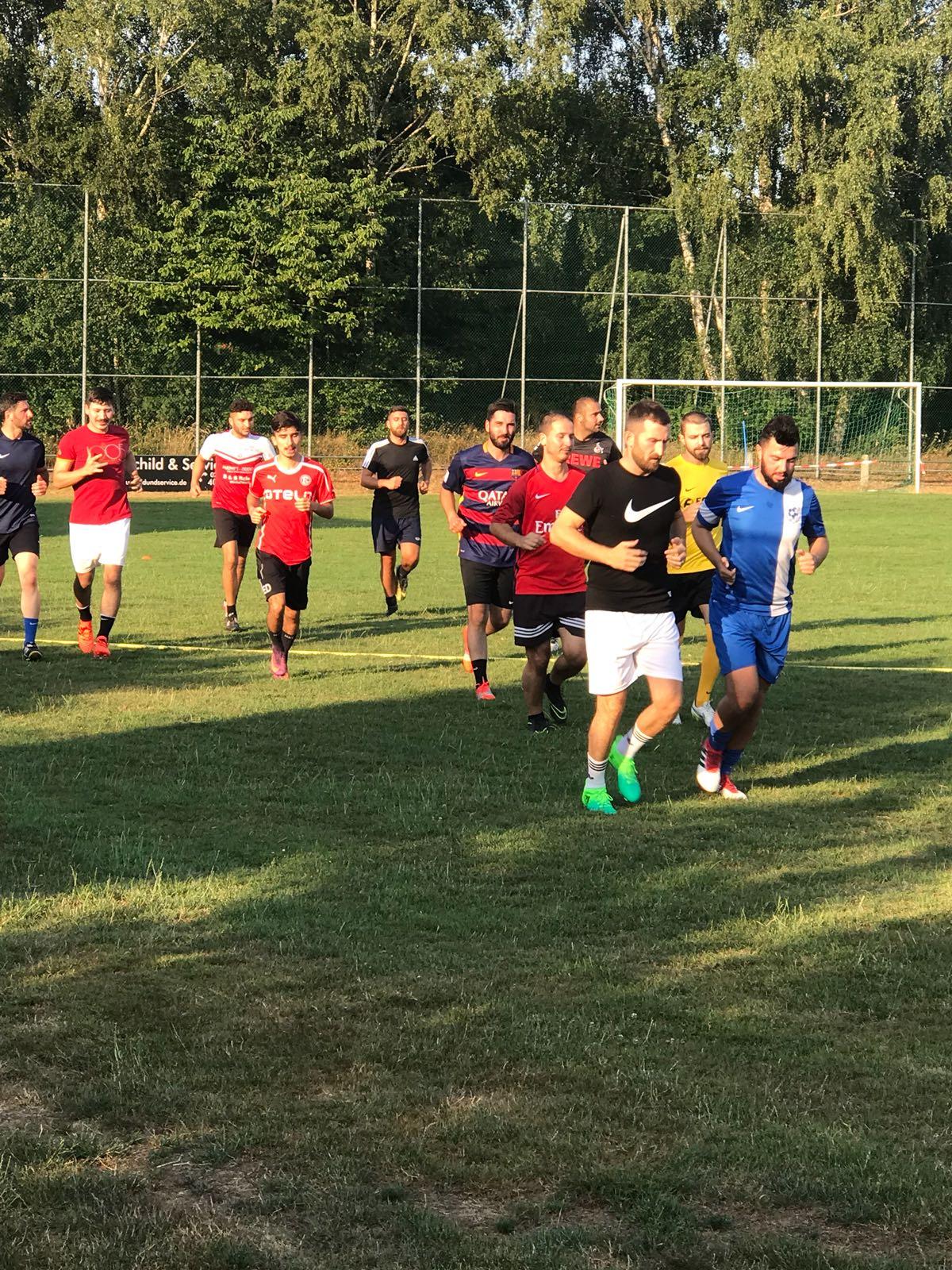 Trainingsauftakt der 1. Mannschaft