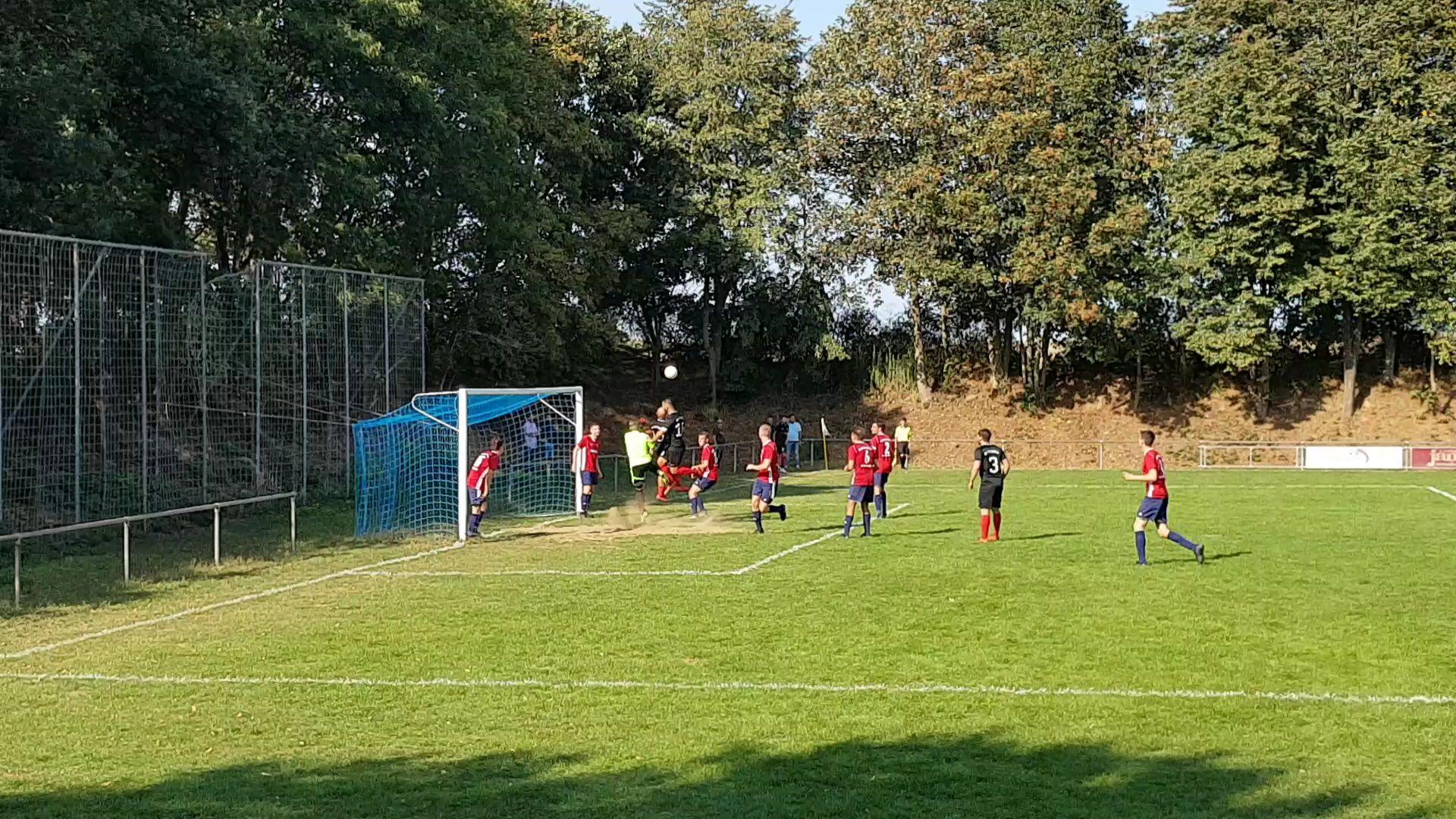 Ay-Yildiz gegen SVG Birgden-Langbroich-Schierwaldenrath sehr dominant